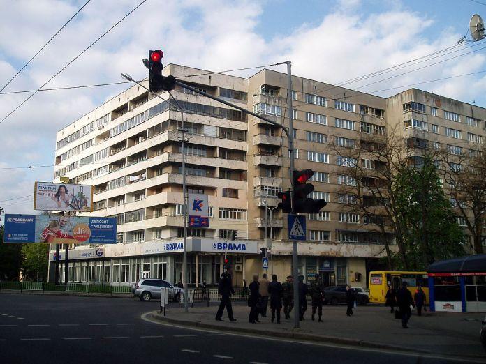 На місці цього будинку на вул. Стрийській розміщувалась Стрийська рогатка. Сучасне фото