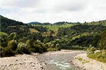Криворівня. Річка Чорний Черемош