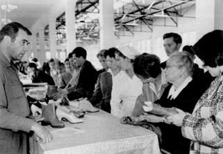 Ярмарок на ринку Центральний. Фото 1964 року