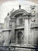 Розбирання костелу святого Леонарда, на місці котрого згодом постане палац Справедливості. Фото 1870-х рр.