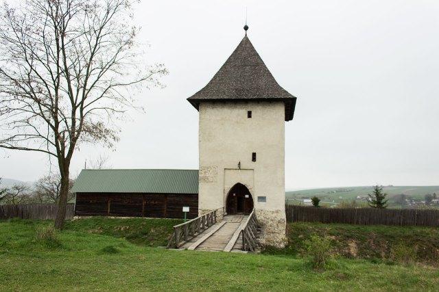 П'ятничанська вежа, 2016 рік