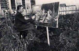 Іван Хандон біля дому в пос. Ангарське, 1 вересня 1953 р.