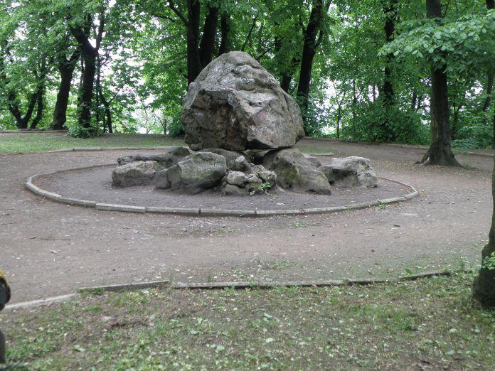 Камінь Яна III Собєського на Високому Замку. Сучасне фото