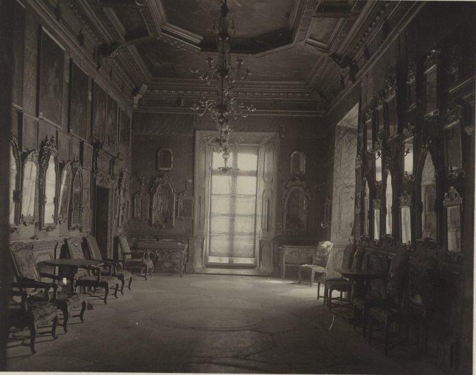Дзеркальна Зала Підгорецького замку. Фото 1910 року
