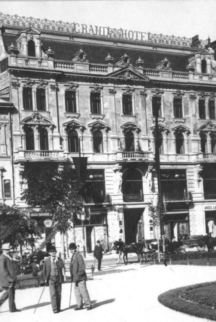 """Гранд готель"". Фото кінця 19 ст."