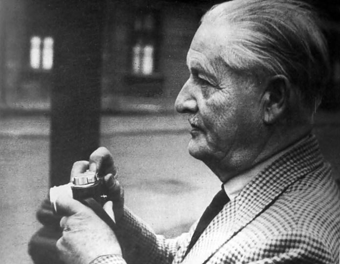 Олександр Пежанський, 1962 р. (Ностальгія... : фотоальбом. – Львів, 1992)