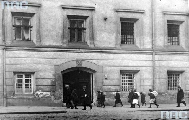 В'язниця «Бригідки» у Львові, 1934 р. (зі сайту http://photo-lviv.in.ua/bryhidky-najstarisha-chynna-vyaznytsya-lvova)