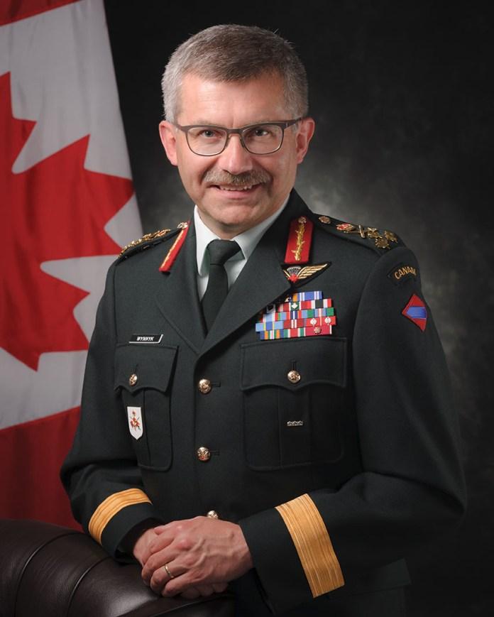 Командувач Сухопутними військами Канади, генерал-лейтенант Пол Винник. Фото з plus.google.com