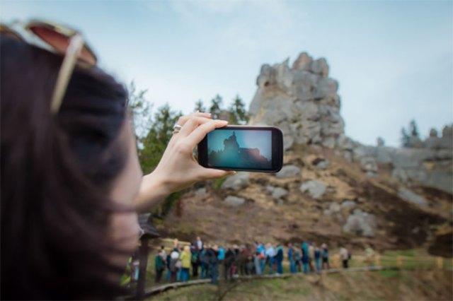 Мобільний додаток Тустань . Автор: tustan.ua