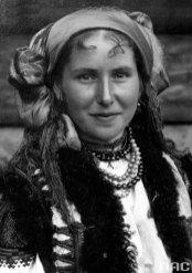 Микола Сеньковський. Гуцулка, Жаб'є, кін 1920-х – поч. 1930-х рр. (зі сайту http://audiovis.nac.gov.pl)