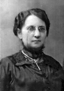 Олена Кисілевська, 1920-ті рр. (зі сайту http://incognita.day.kiev.ua/olena-kisilevska-postat-korolevi.html)