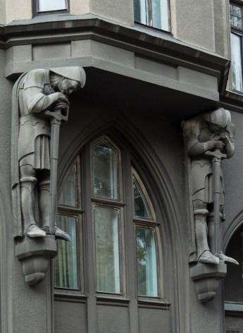 С.-Р. Пліхаль. Атланти на фасаді будинку К. Чуджака і Л. Штадтмюллера.(вул. князя Романа, 6) Фото: Ксенія Янко