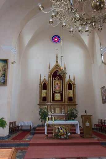 Інтер'єр костелу Матері Божої Ченстоховської в Любіні Великому, 2016 р.