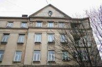 Неокласичний багатоквартирний будинок (вул. І. Котляревського, 67). Фото: Анастасія Нерознак