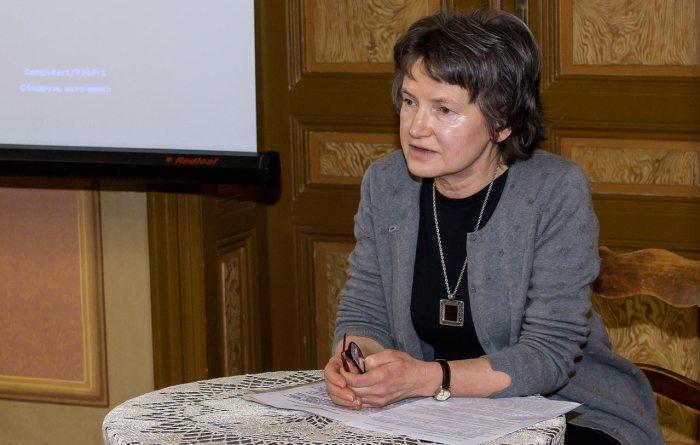 Головний зберігач фондів Музично-меморіального музею Соломії Крушельницької Ірина Криворучка