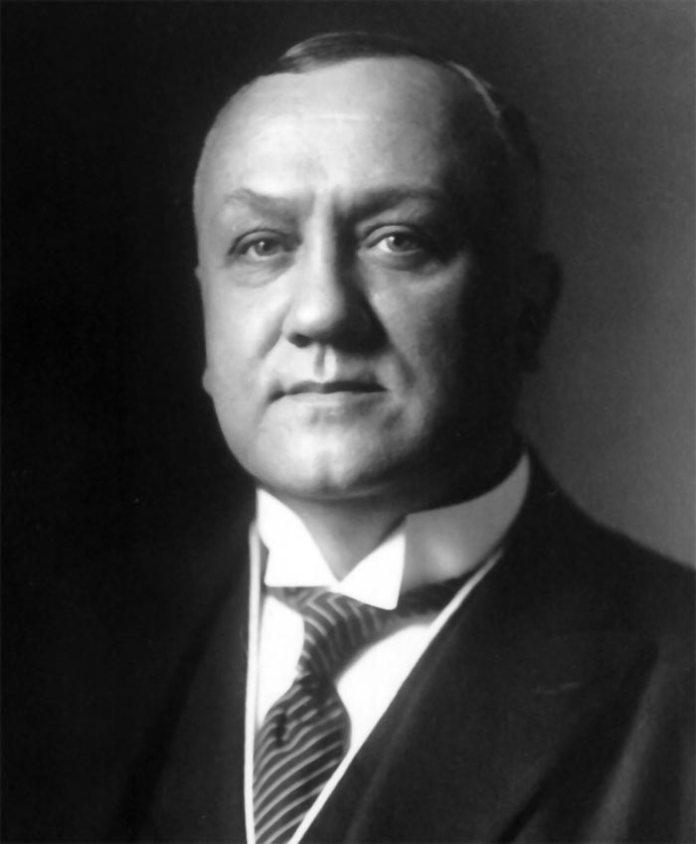 Відомий український тенор Модест Менцинський