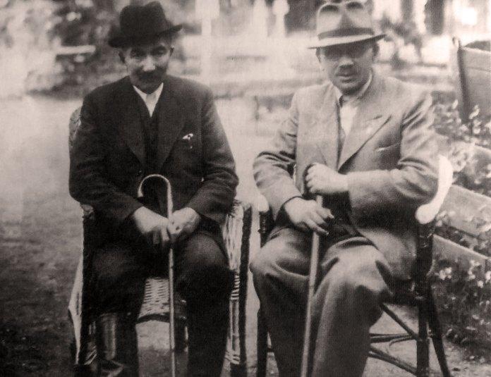 Курорт Трускавець. Вінсентій Вітос (зліва) та його лікар Т. Тарговський, 1930-і роки