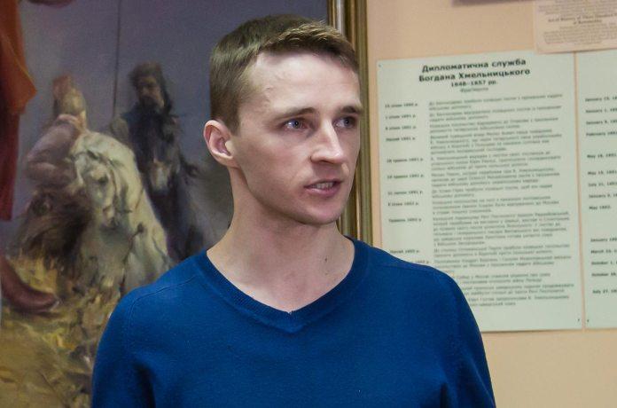 Реставратор Сергій Следзь