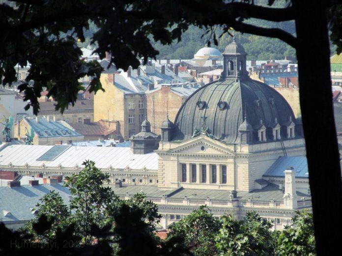 Старовинний Львів чекає на тебе… Дій! (фото Сергія Гуменного)