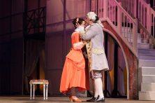 Сцена з вистави «Труффальдіно із Бергамо»