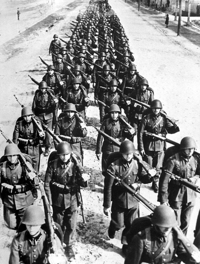 Польська армія на марші, фото 1939 року