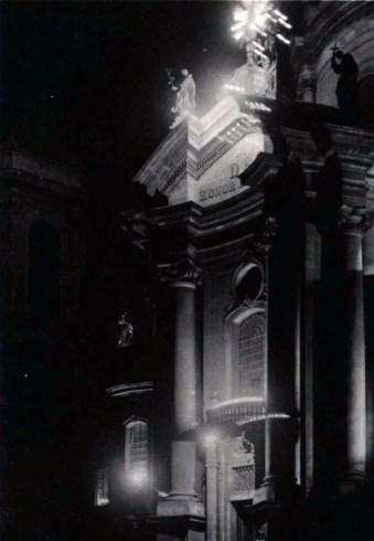 Домініканський собор у львівську ніч. Фото А. Ленкевича. Джерело: https://polona.pl