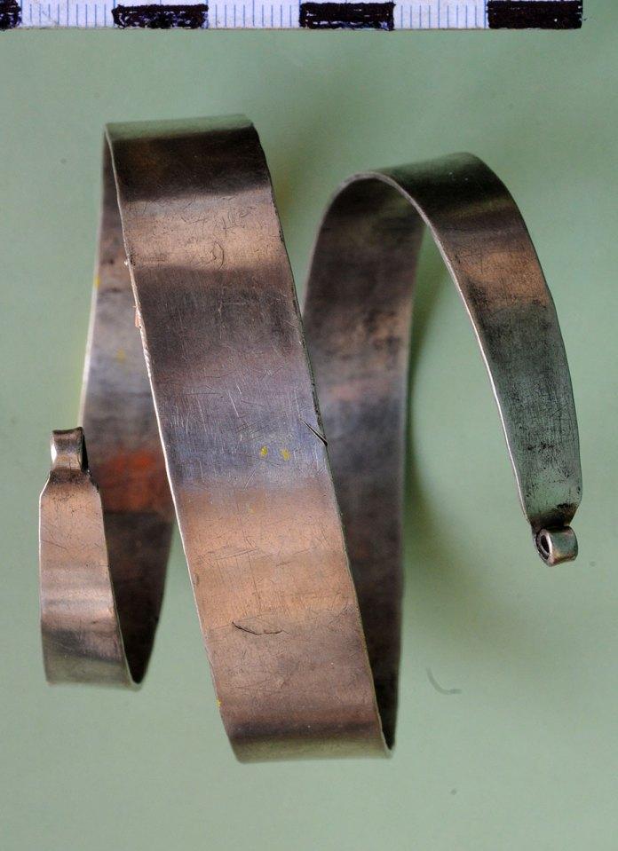 Спіральний браслет з фондів ЛІМу. Фото Зеновій Підперигора