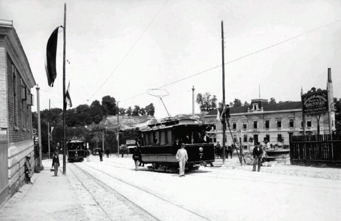 Трамвай на вул. Святої Софії (зараз вул. І.Франка), 1890-ті рр.