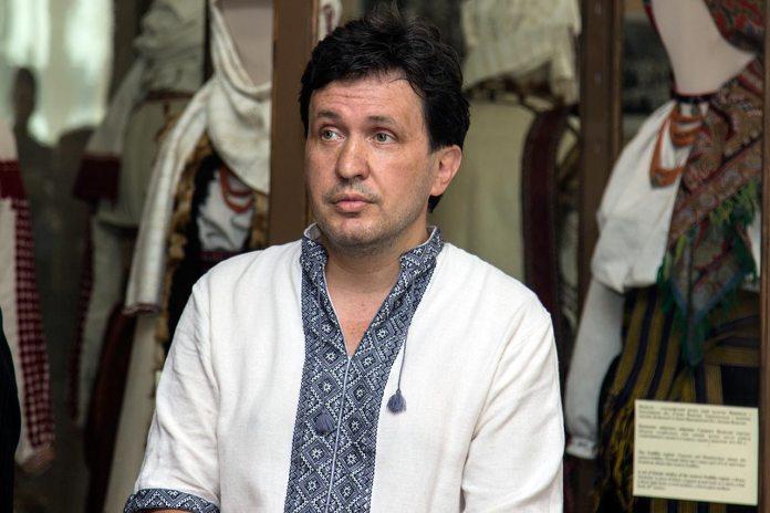 Керівник Музею етнографії та художнього промислу Андрій Клімашевський