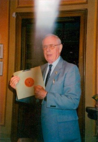 Степан Максимюк в Музеї Соломії Крушельницької під час презентації своєї книжки, 2004 р.