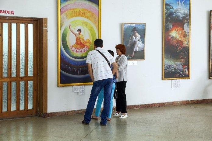 Експозиція Міжнародної виставки художніх робіт «Мистецтво Чжень Шань Жень»