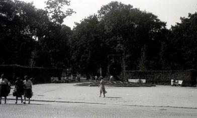 Парк імені Івана Франка. Фото Анатолія Васильківського, 1956 р.