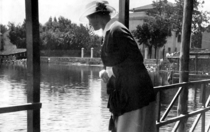 Соломія Крушельницька на віллі Джакомо Пуччіні в Торре дель Лаго. 1920-ті роки