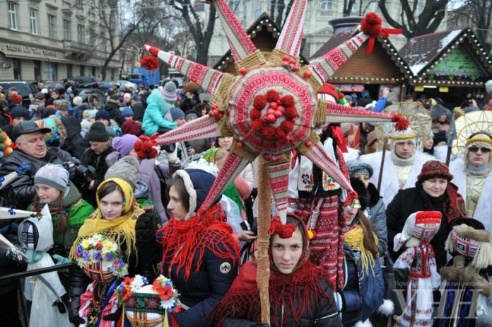 Головним символом цьогорічного ХІІ Різдвяного фестивалю «Спалах Різдвяної звізди» стане звізда «Героїчна»