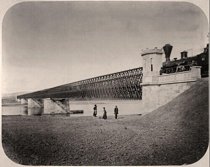 Залізничний міст біля Галича