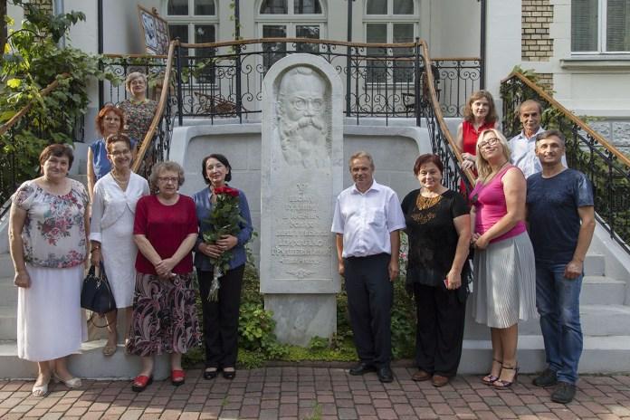 Гості зустрічі з Лесею Низовою в Домі Грушевських
