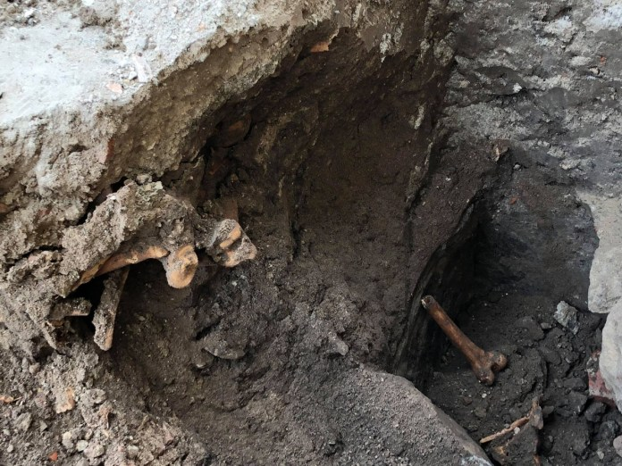 Віднайдений фундамент церкви XIV- XVст. біля собору Святого Юра