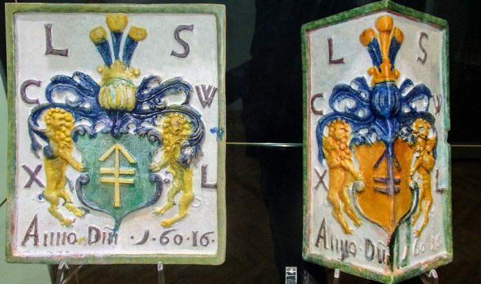 Експозиція виставки «Археологічні знахідки Палацу Великих Князів Литовських. Повсякденність Вільнюського двору».