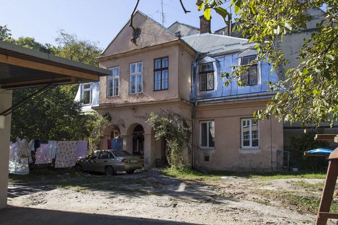 Вулиця Коцюбинського (кол. Супінського), 23 . 2018 р.