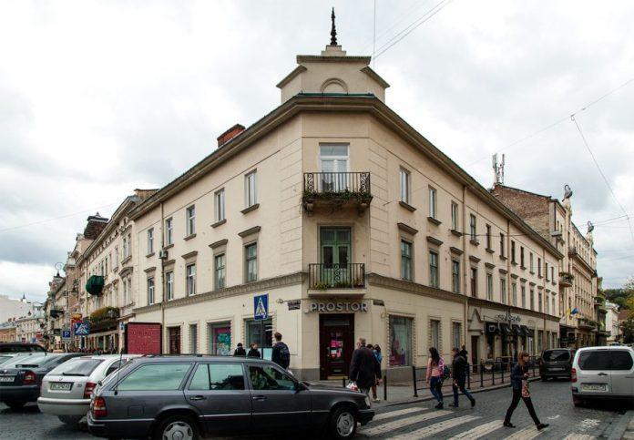 Будинок за адресою: проспект Шевченка, 6. 2018 р.