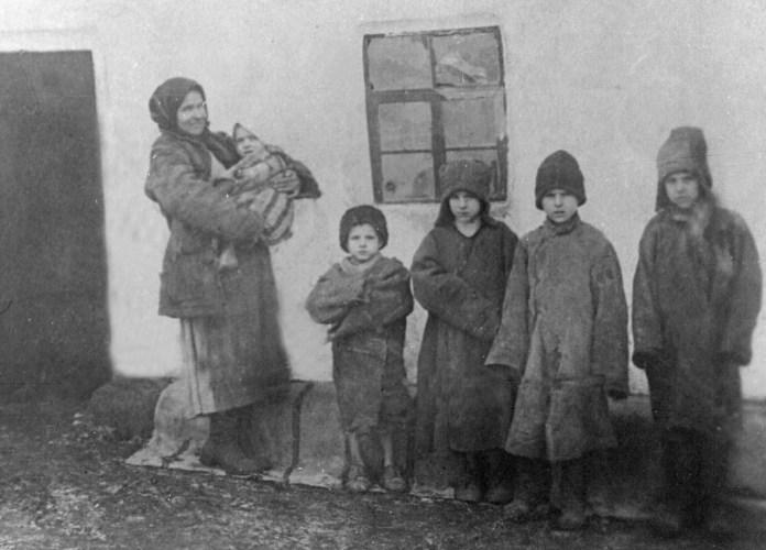 Голодомор. Околиці Луганська, 1932 рік.