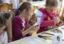 Наймасштабніший у Львові майстер-клас «Малярство на склі ікони Покрови»