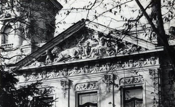 Фрагмент вілли Еміля Дуніковського (нині Національний музей у Львові імені Андрея Шептицького на Драгоманова, 42)