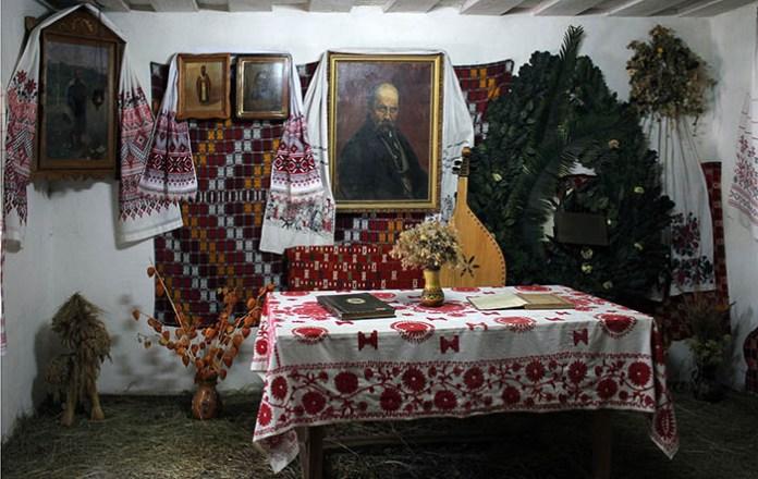 Роботи з експозиції фотовиставки Йосипа Марухняка