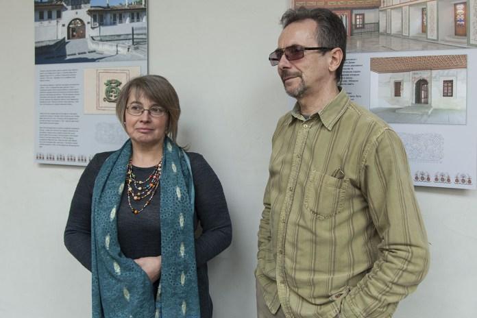 Вікторія Темна та Ігор Сальніков на відкритті своєї фотовиставки