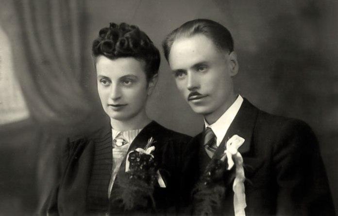 З дружиною Марією-Адріяною Кейван-Крупською в день вінчання. Коломия, 14 вересня 1943