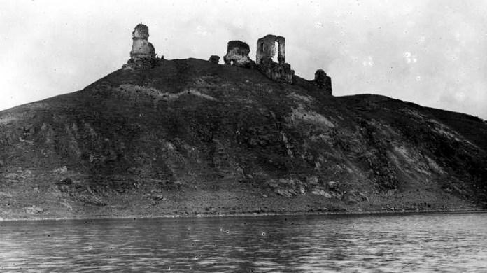 Руїни Губківського замку, 1918-1937 рр.