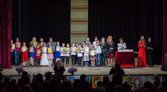 Нагородження переможців Міського фестивалю-конкурсу «І слово, і пісня, Матусю, тобі!»