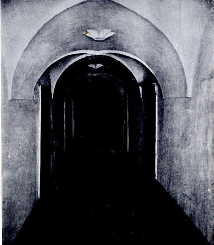 Коридор в монастирі, 1935 рік