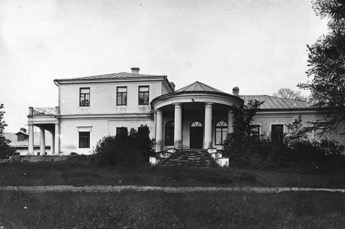 Колишній палацик Любомирських на Гірці